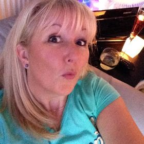 Lusher Life | Blogger | Youtuber