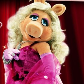 Miss Piggy Craft & Style