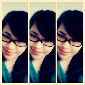 Ratih_Ang