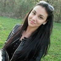 Roxána Zsók