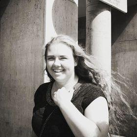 Alexandra Van Dijk