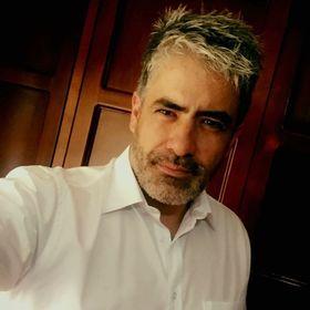 Carlos R Gomez