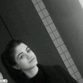 Lili Neuhauser