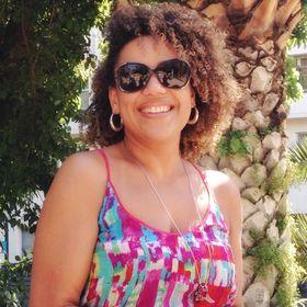 Denise Tomaz