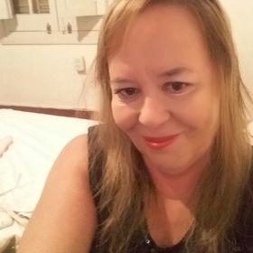 María Celia Estevez