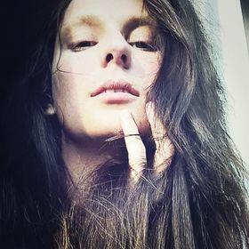 Eva Derien Zentai