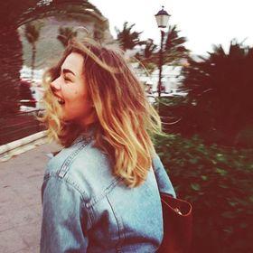 julie_carro