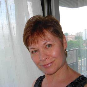 Suzanne Castanza