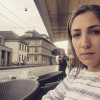 Aida Khoshnoodi