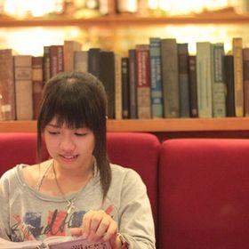 Silvia Qing