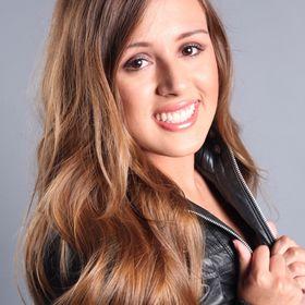 Juliana Bueno