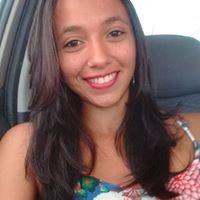 Letícia Moura