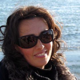 Mónika Mihályi