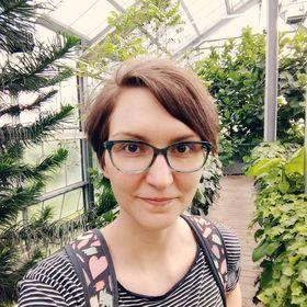 Zoe Ashwood   Romance Writer