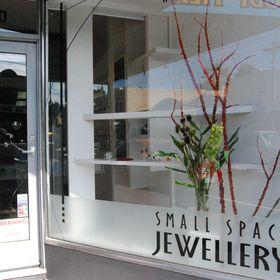 Small Space Jewellery robyn wernicke (wernicke64) on Pinterest