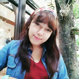 Sylviana Dewi Navirin