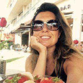 Karma Astrolog Jale Muratoğlu
