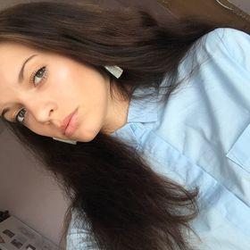 Simone Zverinova