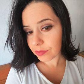 Jaqueline Oliveira