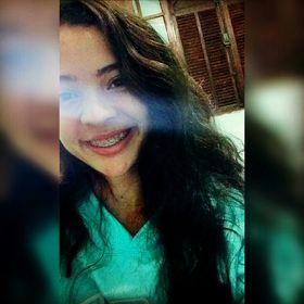 Sabrina Oliveira