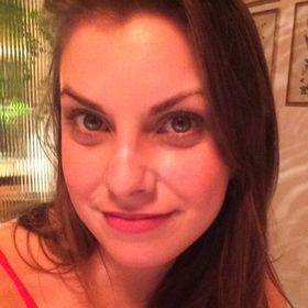 Ana Beatriz Nascimento Schmidt