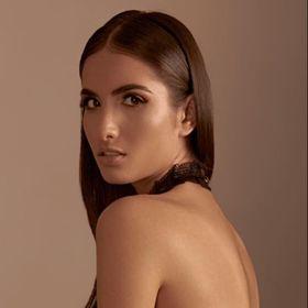 Larissa Laiwisleat