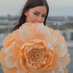 FancyBloom | Giant Paper Flowers | Crepe Paper Flowers