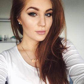 Adriana Cega