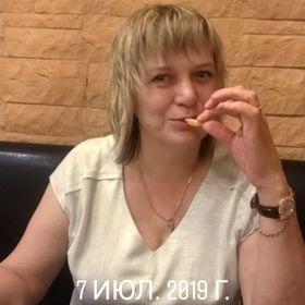 Лена Ангелова