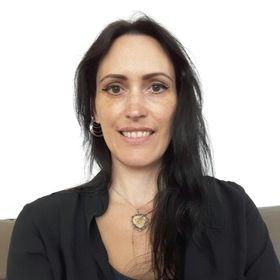 Pamela Pelupessy