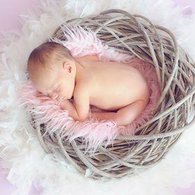 MOTHERBOOK – Wissen von, für und über Mütter – damit wir mit Baby, Kind und der Familie wachsen