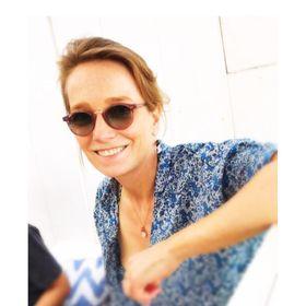 Julia Weidner