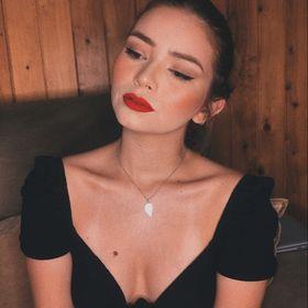 Emilly Claraynaia