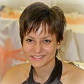 Anita Keszeli