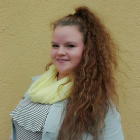 Csenge Lili Főczény