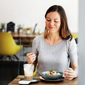 Nutriciously | Easy Vegan Recipes & Plant-Based Beginner Guides