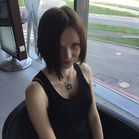 Lucia Kroneislová