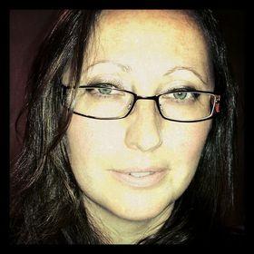Serina Hartwell - http://www.serinahartwell.com/