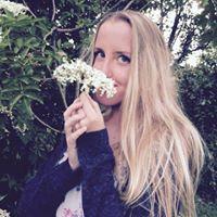 Sally-Julie Lundgaard