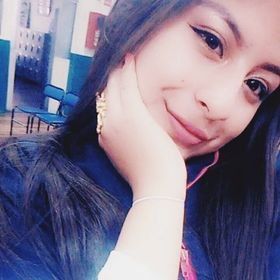 Mely Flores