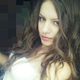 Adelina Adelina