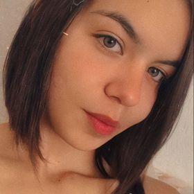 Yasmin Holanda