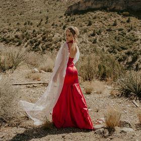 Delichote Designs Boutique-Dress rentals 4pro photographers✂🧵