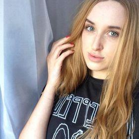 Molly Lyon