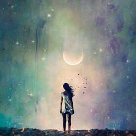 Luna K.