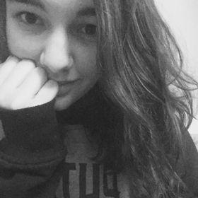 Emily 🐉