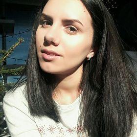 Andreea Lazar