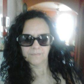 Leila Batista