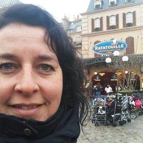 Simone Langelaar