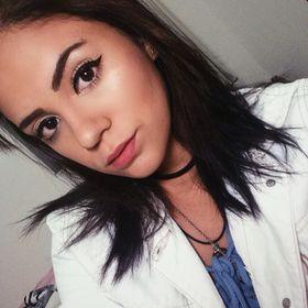 Mariana Carneiro